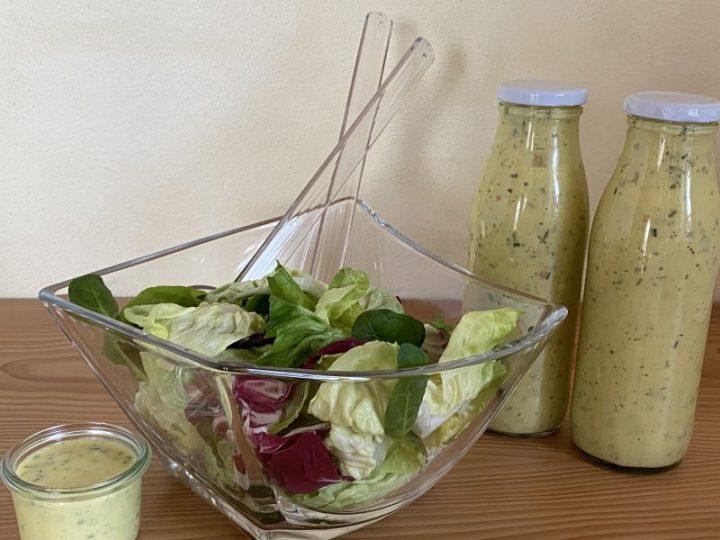Bauernstarkes Salatdressing